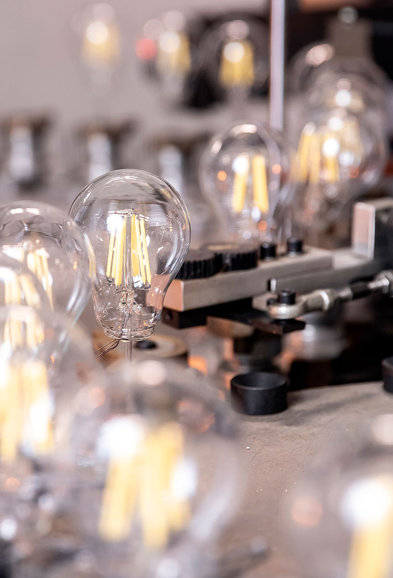 lamps factory